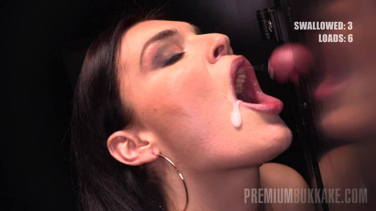 PREMIUM BUKKAKE - 33 LOADS OF SPERM FOR HUNGRY HANNAH