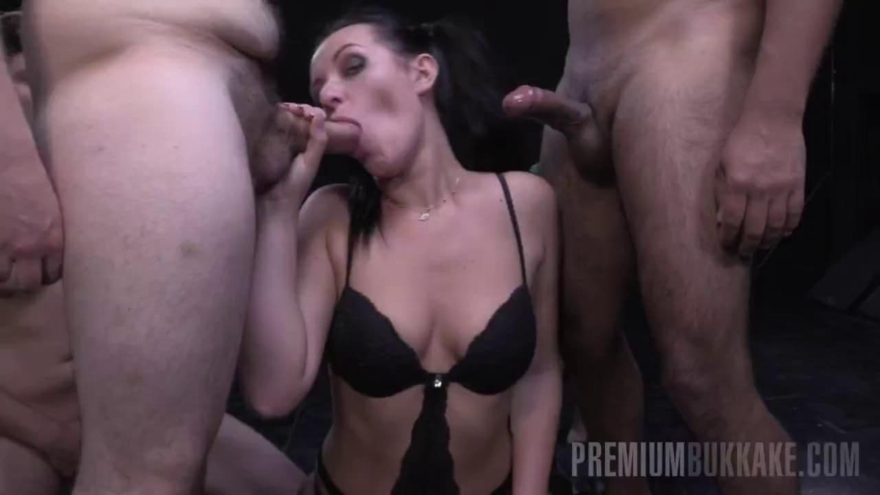 PREMIUM BUKKAKE - CAROLINA VOGUE IS A CLASSY CUM SLUT